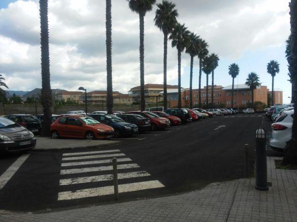 Aparcamientos en el Campus de Anchieta (ULL)